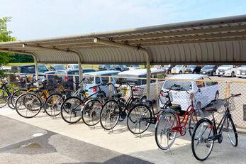 遠賀中央看護助産学校の駐輪場